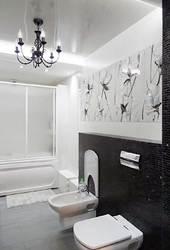 интерьер ванной, черно-белая ванная, дизайн классической ванной, кованая люстра