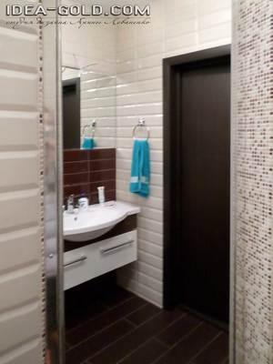 интерьер бежево-коричневой ванной в саратове